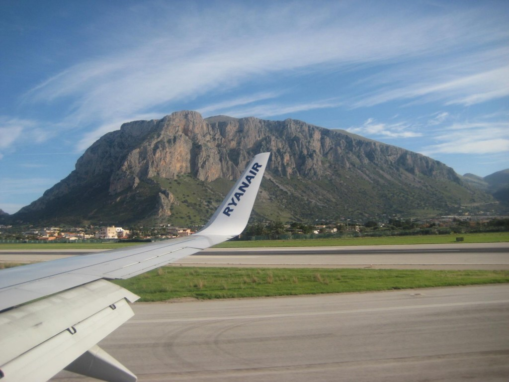 Palermo Sicily Airport with Ryan Air Plane