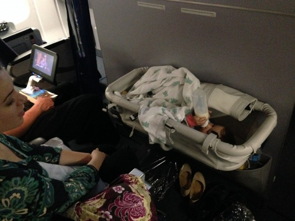 How To Get An Airplane Baby Bassinet Style Hi Club