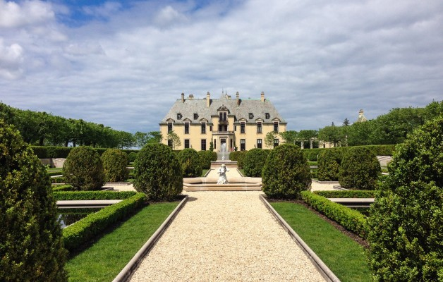 The lovely Oheka Castle Gardens sit beside the castle itself