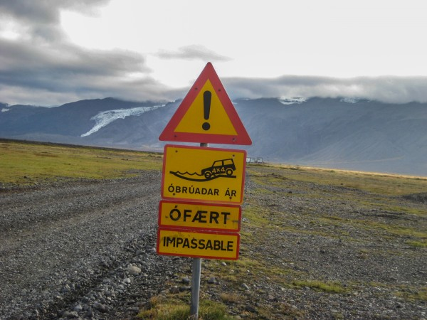 Like I said, a four-wheel-drive is a good idea. If you have one, ignore these signs.